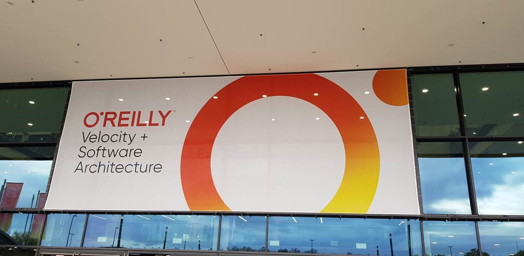 Bas @O'Reilly's Velocity Conference 2019 – Berlin